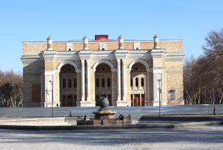 Театр Навои в Ташкенте